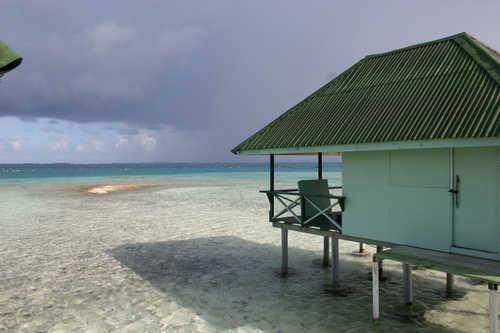 http://www.netperla.com/images/J-Tahitian_Pearl_Farm.jpg
