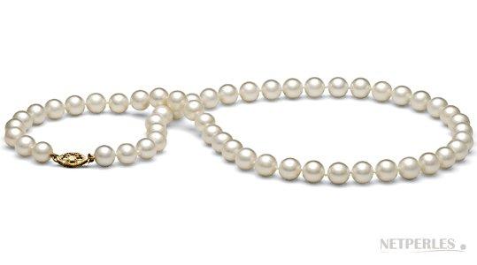 Collana di perle bianche di acqua dolce