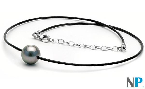 Perla di Tahiti su laccio di cuoio nero con fermaglio in argento regolabile da 40 a 47 cm