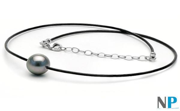 Perla di Tahiti su laccio di cuoio nero con fermaglio in argento regolabile da 40 a 45 cm