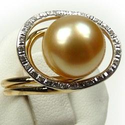 Anello in oro 18 carati e perla coltivata filippina dorata AAA