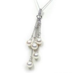 Pendente in Argento 925 con 5 Perle Akoya qualità AAA e diamanti