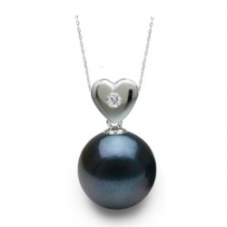 Pendente Cuore in oro 18k con diamante e perla nera Akoya AAA