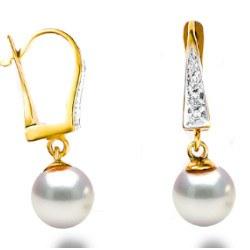 Orecchini con perle Akoya bianche AAA mm in oro 18 carati e diamanti