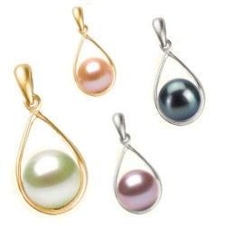 Pendente in oro 18k e perla d'acqua dolce 7-8 mm AAA