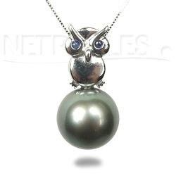 Pendente a forma di Gufo in oro 18k e Zaffiri perla di Tahiti AAA