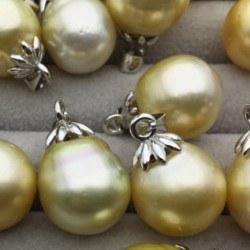 Pendente in argento e perla Champagne a goccia dalle Filippine 12-13 mm AA