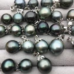 Ciondolo in argento 925 e perla di Tahiti a goccia