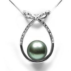 Pendente in oro 18k con diamanti e Perla nera di Tahiti AAA