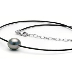 Laccio di cuoio e Argento 40-45 cm Perla nera di Tahiti 9-10 mm AA quasi rotonda